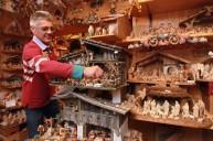 Oberammergau+Woodcarvers+Create+Christmas+vvEiNwff95Wl