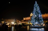 MAIN SQUARE, KRAKOW, MALOPOLSKA, POLAND - 2017/11/27: Stores, christmas trees, Christmas decorations, handicrafts, culinary treats, confectionery and warming drinks are seen as people attend the Christmas market at the Main Square in Krakow. (Photo by Omar Marques/SOPA Images/LightRocket via Getty Images)