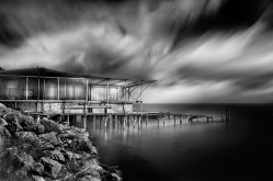 02-Vassilis-Tangoulis-The-Sound-of-Silence-in-Black-and-White-Photographs-www-designstack-co