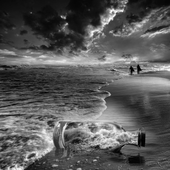 16-Vassilis-Tangoulis-Distorted-Dreams-in-Black-and-White-Photographs-www-designstack-co