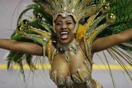 Brazil_Carnival_30167-727x485