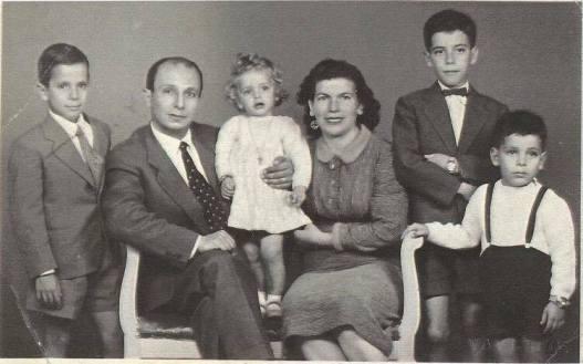 μοντης-οικογενεια