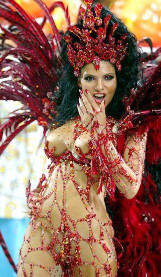 rio-carnival-costumes-history-214