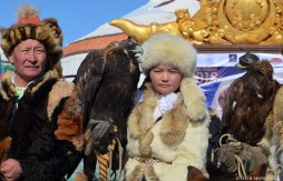 Tour-Mongolia-Golden-Eagle-festival-100-