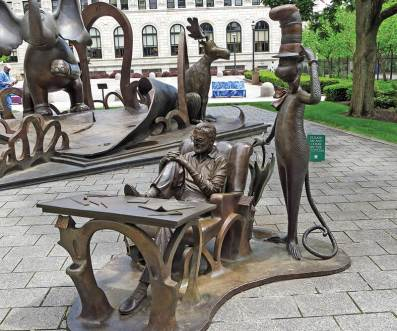 Dr-Seuss-Memorial-Sculpture-Garden