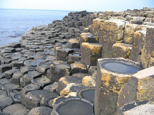 Giants_Causeway_cellules_polygonales