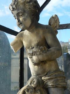 Angel closeup Montp