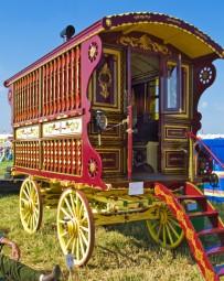 gypsy-wagon-vardo-12